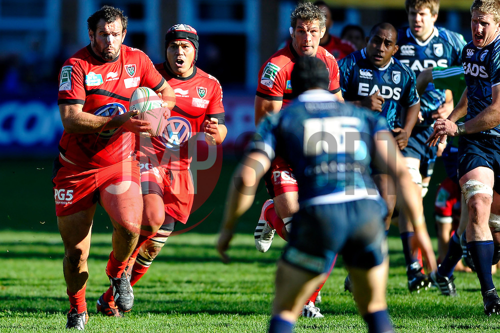 Toulon replacement (#18) Carl Hayman breaks during the second half of the match - Photo mandatory by-line: Rogan Thomson/JMP - Tel: Mobile: 07966 386802 21/10/2012 - SPORT - RUGBY - Cardiff Arms Park - Cardiff. Cardiff Blues v Toulon (RC Toulonnais) - Heineken Cup Round 2