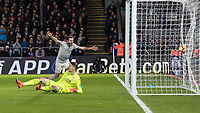 Football - 2017 / 2018 Premier League - Crystal Palace vs. Manchester United<br /> <br /> Juan Mata (Manchester United) celebrates after Romelu Lukaku (Manchester United) equalizes at Selhurst Park.<br /> <br /> COLORSPORT/DANIEL BEARHAM