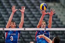 13-09-2019 NED: EC Volleyball 2019 Czech Republic - Ukraine, Rotterdam<br /> First round group D / Cze's Vojtech Patocka #9, Cze's Donovan Dzavoronok #4