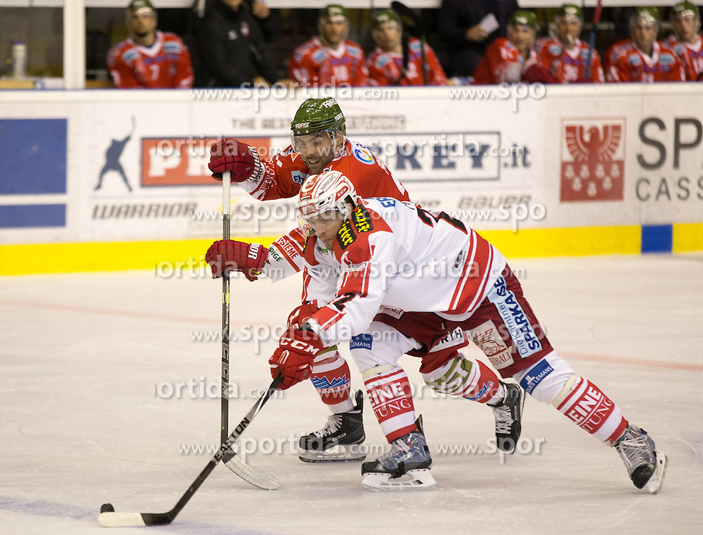 04.10.2015, Eiswelle, Bozen, ITA, EBEL, HCB Suedtirol vs EC KAC, 8. Runde, im Bild v.l. Matic Podlipnic (HCB Suedtirol), Thomas Poeck (EC KAC) // during the Erste Bank Icehockey League 8th round match between HCB Suedtirol and EC KAC at the Eiswelle in Bozen, Italy on 2015/10/04. EXPA Pictures © 2015, PhotoCredit: EXPA/ Johann Groder
