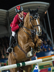 21.09.2013, Rathausplatz, Wien, AUT, Global Champions Tour, Vienna Masters, Springreiten (1.60 m), 2. Durchgang im Bild Pius Schwizer (SUI) auf Picsou du Chene // during Vienna Masters of Global Champions Tour, International Jumping Competition (1.60 m), second round at Rathausplatz in Vienna, Austria on 2013/09/21. EXPA Pictures © 2013 PhotoCredit: EXPA/ Michael Gruber