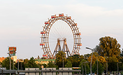 THEMENBILD - Das Wiener Riesenrad ist ein 64.75 Meter großes Riesenrad am Eingang zum Freizeitpark Prater in Leopoldstadt, dem 2. Bezirk von Österreichs Hauptstadt Wien. Es ist eines der populärsten Touristenziele in Wien und ist eines der Wahrzeichen der Stadt. Es wurde 1897 gebaut und war von 1920 bis 1965 das größte Riesenrad der Welt, im Bild das Riesenrad. Aufgenommen am 12. Juni 2017 vom Bahnhof Praterstern // The Wiener Riesenrad (German for Vienna Giant Wheel) is a 64.75-metre tall Ferris wheel at the entrance of the Prater amusement park in Leopoldstadt, the 2nd district of Austria's capital Vienna. It is one of Vienna's most popular tourist attractions, and symbolises the district as well as the city for many people. Constructed in 1897, it was the world's tallest extant Ferris wheel from 1920 until 1985, This picture was taken from the railway station Praterstern and shows the Riesenrad, Vienna, Austria on 2017/06/12. EXPA Pictures © 2017, PhotoCredit: EXPA/ Sebastian Pucher