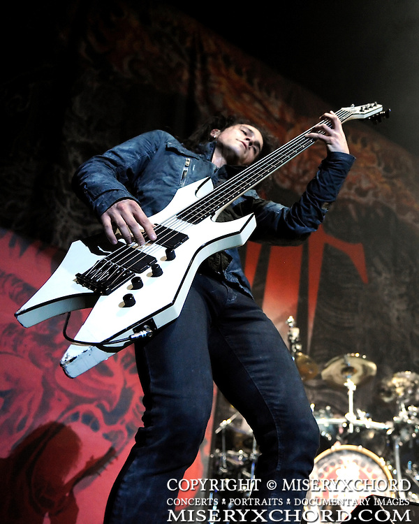 """Trivium opening @ The Forum in Inglewood, California USA on March 7, 2009 on Slipknot's """"All Hope Is Gone"""" tour"""