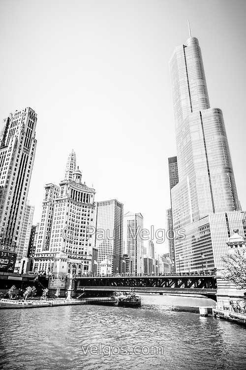 Chicago Architecture Black And White black and white picture of chicago river architecture | buy canvas