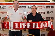 DESCRIZIONE : Milano Presentazione di Jasmin Repesa nuovo allenatore Olimpia Miliano <br /> GIOCATORE : Livio Proli Jasmin Repesa <br /> CATEGORIA : ritratto presidente allenatore coach<br /> SQUADRA : EA7 Olimpia Milano<br /> EVENTO : LegaBasket Serie A Beko 2015/2016<br /> GARA : Presentazione di Jasmin Repesa<br /> DATA : 06/07/2015 <br /> SPORT : Pallacanestro <br /> AUTORE : Agenzia Ciamillo-Castoria / Richard Morgano<br /> Galleria : Lega Basket A 2015-2016 Fotonotizia : Milano Presentazione di Jasmin Repesa nuovo allenatore Olimpia Miliano  Predefinita :