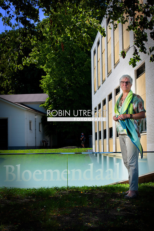 BLOEMENDAAL - burgemeester Aaltje Emmens-Knol van Bloemendaal . COPYRIGHT ROBIN URECHT