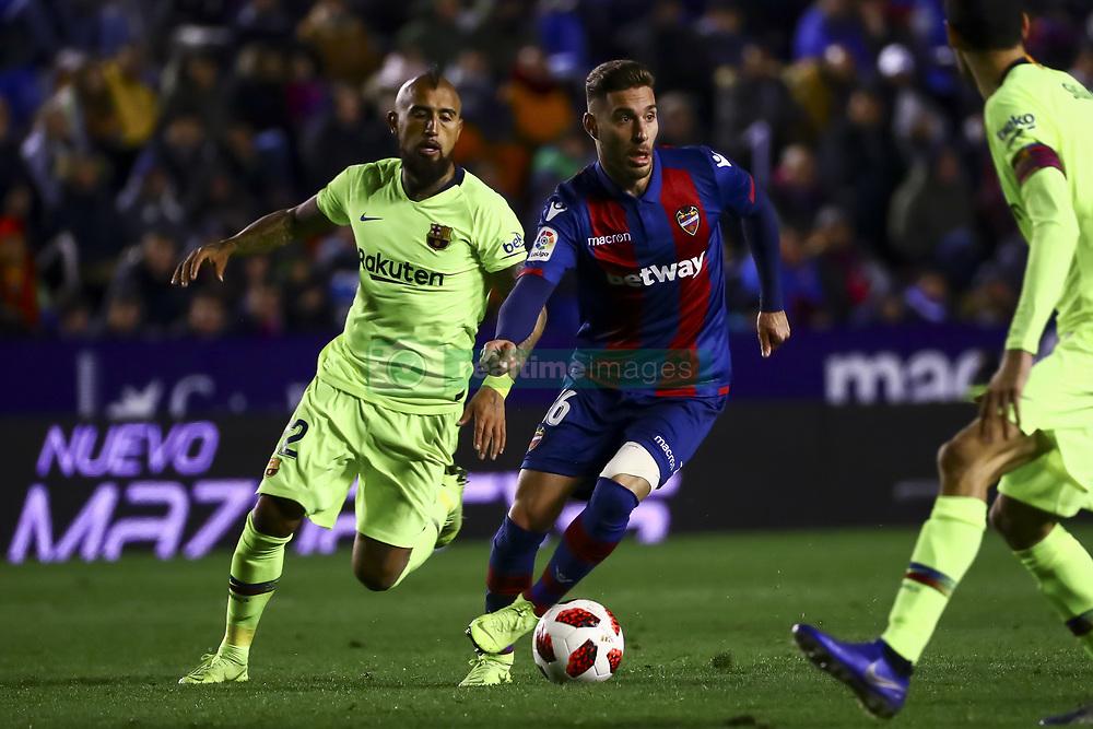 صور مباراة : ليفانتي - برشلونة 2-1 ( 10-01-2019 ) 20190110-zaa-n230-402
