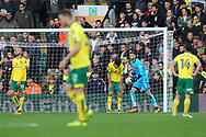The Norwich players look dejected after conceding their side&rsquo;s 2nd goal during the Sky Bet Championship match at Carrow Road, Norwich<br /> Picture by Paul Chesterton/Focus Images Ltd +44 7904 640267<br /> 28/10/2017