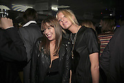 Willa Keswick and Lady Sophia Hesketh, the Tatler Little Black Book party. 24 Kingly st. London. W!. 9 November 2006. ONE TIME USE ONLY - DO NOT ARCHIVE  © Copyright Photograph by Dafydd Jones 66 Stockwell Park Rd. London SW9 0DA Tel 020 7733 0108 www.dafjones.com