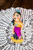 Artesanato típico de Florianópolis no Ribeirão da Ilha. Florianópolis, Santa Catarina, Brazil. / Typical handcraft figurines made in Ribeirao da Ilha district. Florianopolis, Santa Catarina, Brazil.