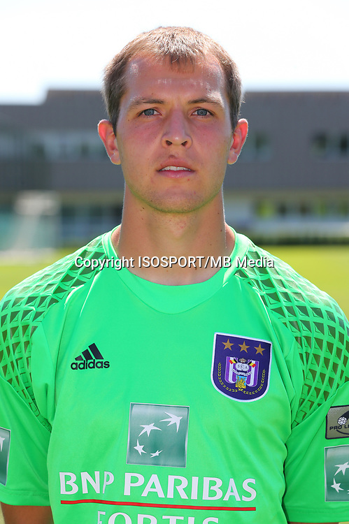 20160719 - Brussels , Belgium / PHOTOSHOOT RSC ANDERLECHT 2016-2017 / <br /> Davy ROEF<br /> SOCCER / FOOTBALL / VOETBAL / PLOEGVOORSTELLING / TEAM PRESENTATION / PHOTO D'EQUIPE / PLOEGFOTO / TEAM PICTURE / FOTOSHOOT / RSCA / <br /> PICTURE BY VINCENT VAN DOORNICK /  ISOSPORT