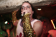 har mar superstar at pappy & harriet's in pioneertown, joshua tree