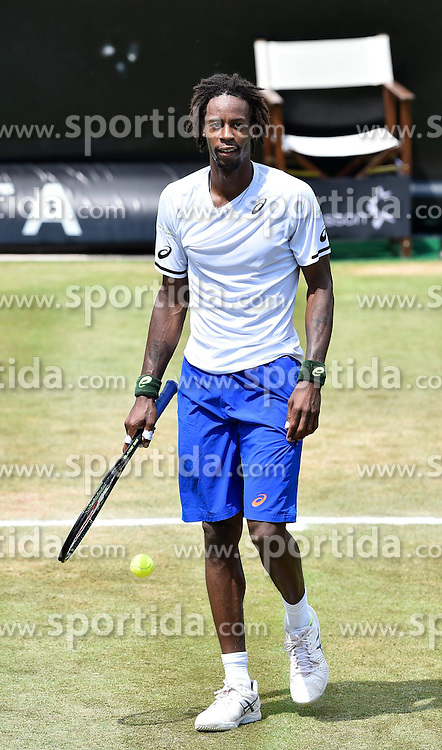 12.06.2015, Tennis Club Weissenhof, Stuttgart, GER, ATP Tour, Mercedes Cup Stuttgart, Viertelfinale, im Bild Gael Monfils (FRA) Schlussjubel nach gewonnenem Match Jubel jubelt Freude Emotion // during quarter Finals of Mercedes Cup of ATP world Tour at the Tennis Club Weissenhof in Stuttgart, Germany on 2015/06/12. EXPA Pictures &copy; 2015, PhotoCredit: EXPA/ Eibner-Pressefoto/ Weber<br /> <br /> *****ATTENTION - OUT of GER*****