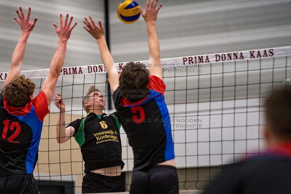 13-04-2019 NED: Prima Donna Kaas Huizen - Spaarnestad , Huizen<br /> Huizen win the match 3-2 and is the champion of the second division C / Olav van der Zijde #8 of PDK Huizen