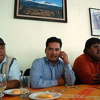 Toluca, Mex.- Vitálico Silva López, dirigente antorchista del Valle de Toluca, en conferencia de prensa, denuncio que siguen las arbitrariedades por parte de las autoridades del transporte estatal y que se realizara una manifestación para pedir al gobierno se les den garantías. Agencia MVT / José Hernández. (DIGITAL)<br /> <br /> NO ARCHIVAR - NO ARCHIVE