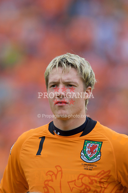 ROTTERDAM, THE NETHERLANDS - Sunday, June 1, 2008: Wales' goalkeeper Wayne Hennessey before the international friendly match against the Netherlands at the de Kuip Stadium. (Photo by David Rawcliffe/Propaganda)
