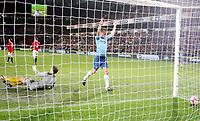 Fotball , 15. oktober 2008 , VM-kvalifisering , Norge - Nederland<br /> Norway - Netherlands<br /> Ballen ligger i mål etter scoring av Mark van Bommel . her jubler Andre Ooijer , Nedeland foran Jon Knudsen , Norge
