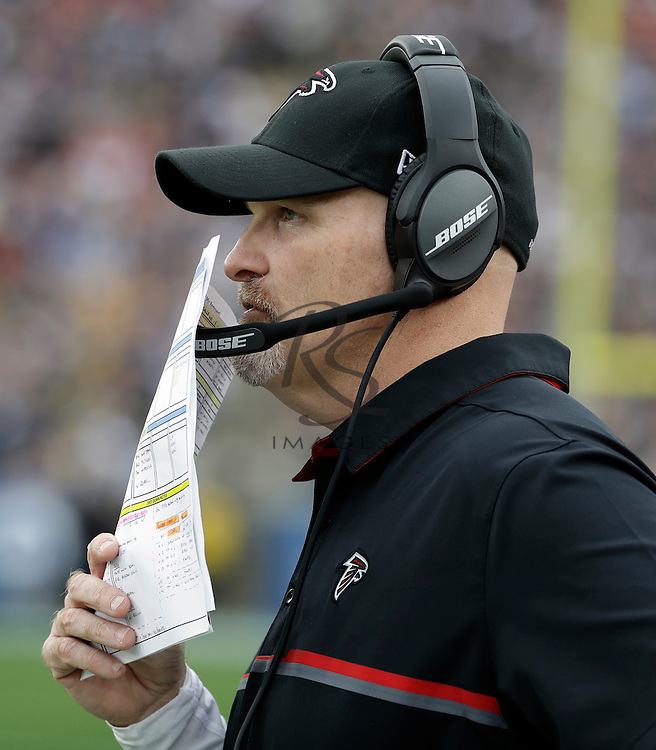 Atlanta Falcons head coach Dan Quinn during the first half of an NFL football game against the Los Angeles Rams, Sunday, Dec. 11, 2016, in Los Angeles. (AP Photo/Rick Scuteri)