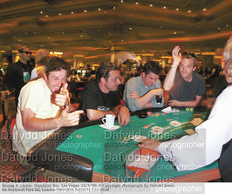 Boxing 4. Casino. Mandalay Bay, Las Vegas. 22/5/99. © Copyright Photograph by Dafydd Jones<br />66 Stockwell Park Rd. London SW9 0DA Tel 0171 733 0108