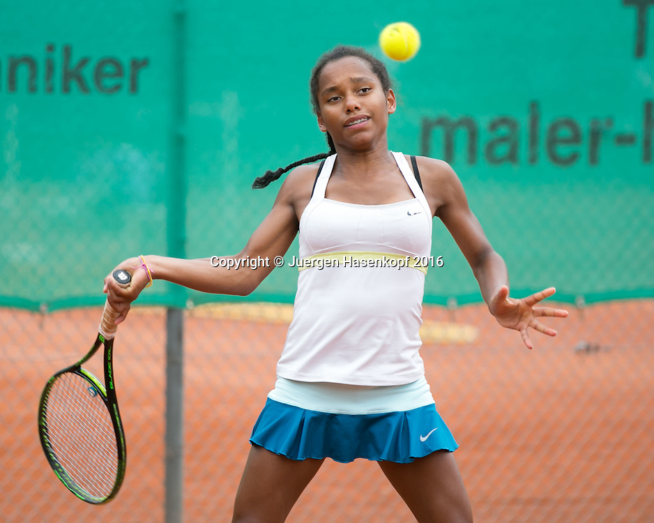 Tennis Europe-Bavarian Junior Open, Marie Lys Cezariat (FRA)  GS16<br /> <br /> Tennis - Bavarian Junior Open 2016 - Tennis Europe Junior Tour -  SC Eching - Eching - Bayern - Germany  - 9 August 2016. <br /> &copy; Juergen Hasenkopf