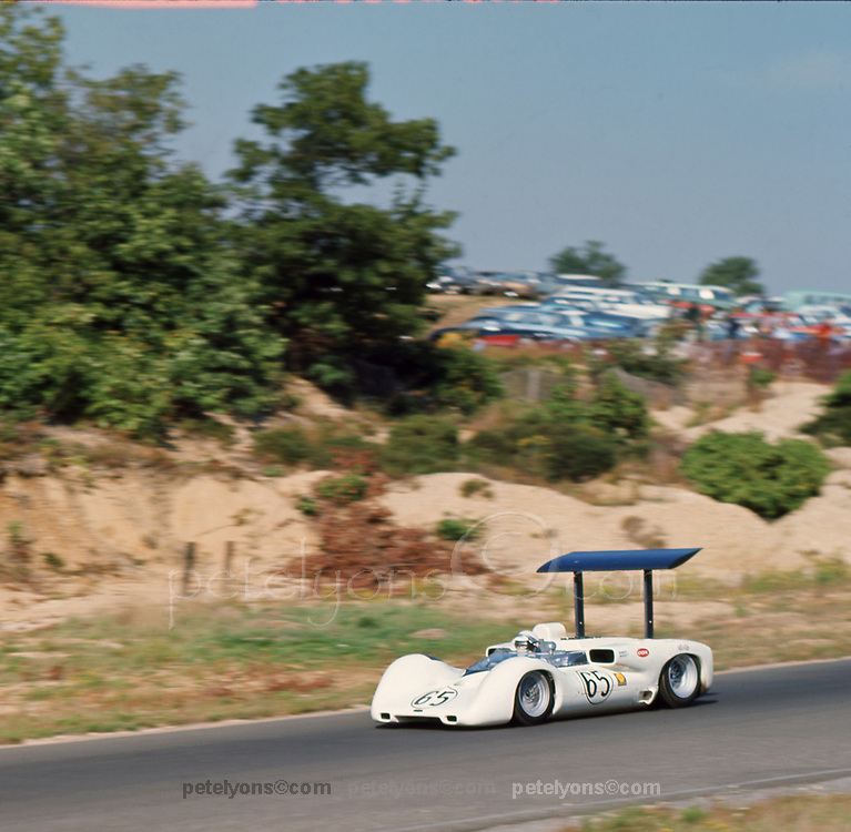 Phil Hill, Chaparral 2E, at 1966 Bridgehampton Can-Am; photo 1966 by Pete Lyons &copy; 2017 pete lyons; petelyons.com<br /> (scanned Nov 2017 on Epson V850 at 6400 dpi)