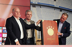04.06.2013, Alianz Arena, Muenchen, GER, 1. FBL, FC Bayern Muenchen, Pressekonferenz, im Bild, Uli HOENESS und K.H Rummenigge schenken Jupp Heynckes 50 Jahre Buch FCB // during a presss conference of FC Bayern Munich at the Alianz Arena, Munich, Germany on 2013/06/04. EXPA Pictures © 2013, PhotoCredit: EXPA/ Eibner/ Ruiz<br /> <br /> ***** ATTENTION - OUT OF GER *****