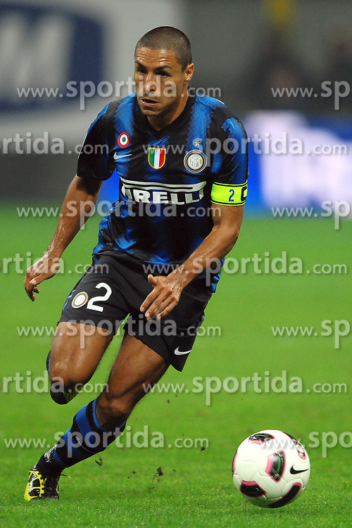 03.10.2010, Giuseppe Meazza, Mailand, ITA, Serie A, Inter Mailand vs Juventus Turin, im Bild Ivan CORDOBA Inter., EXPA Pictures © 2010, PhotoCredit: EXPA/ InsideFoto/ Andrea Staccioli *** ATTENTION *** FOR AUSTRIA AND SLOVENIA USE ONLY!