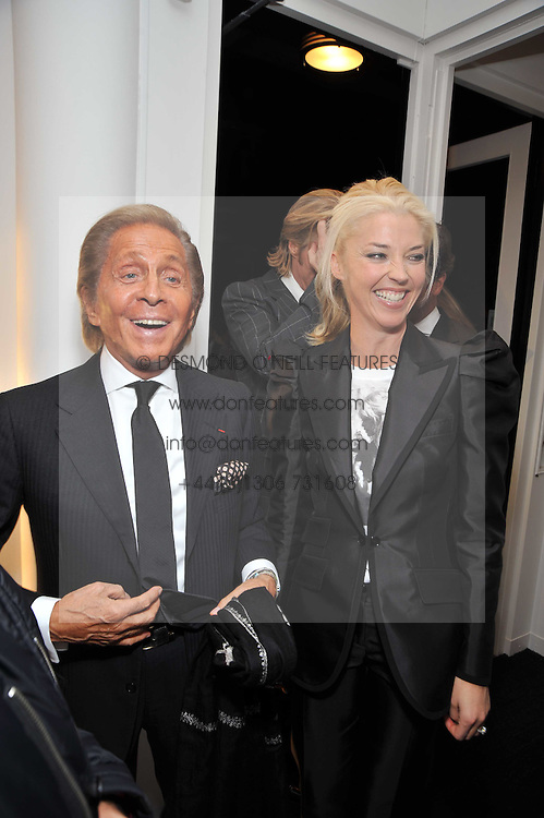 Left to right, VALENTINO GARAVANI and TAMARA BECKWITH at a private view of photographs by Marina Cicogna from her book Scritti e Scatti held at the Little Black Gallery, 3A Park Walk London SW10 on 16th October 2009.