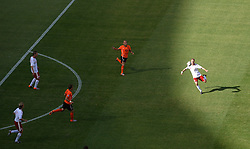 14.06.2010, Soccer City Stadium, Johannesburg, RSA, FIFA WM 2010, Niederlande vs Dänemark im Bild Dennis Rommedahl of Denmark shoots on goal from long range, EXPA Pictures © 2010, PhotoCredit: EXPA/ IPS/ Mark Atkins / SPORTIDA PHOTO AGENCY