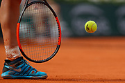 Illustration ball and racket at service Simona HALEP (ROU) during the Roland Garros French Tennis Open 2018, Final Women, on June 9, 2018, at the Roland Garros Stadium in Paris, France - Photo Stephane Allaman / ProSportsImages / DPPI