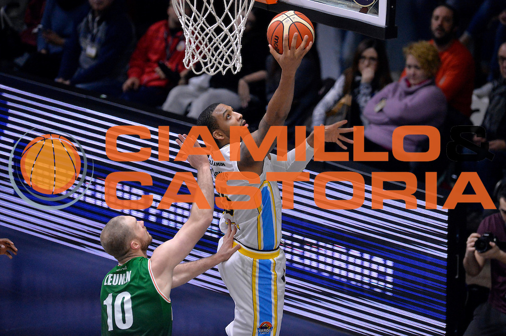 TaShawn Thomas<br /> Vanoli Cremona - Sidigas Avellino<br /> Lega Basket Serie A 2016/2017<br /> Cremona, 18/12/2016<br /> Foto Ciamillo-Castoria