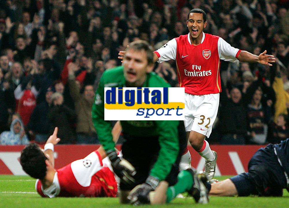 Photo: Tom Dulat.<br /> Arsenal v Slavia Prague. Group H, UEFA Champions League. 23/10/2007.<br /> Theo Walcott(R) and Cesc Fabregas(L) of Arsenal celebrate Cesc's goal. Arsenal leads 5-0