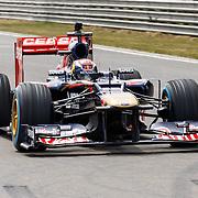 NLD/Zandvoort/20150628 - F1 demo Max Verstappen in de Toro Rosso, Max Verstappen in zijn racewagen op het circuit