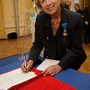 §Exclusif :: Martine Valleton - Officier du Mérite