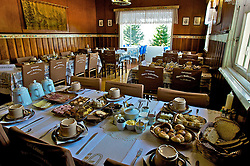 O café colonial Opa's, um dos mais tradicionais de Nova Petrópolis está situado no centro da cidade e recebe em média 80 pessoas simultaneamente. FOTO: Itamar Aguiar/Preview.com