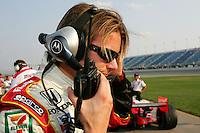 Dan Wheldon at the Chicagoland Speedway, September 11, 2005
