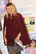 Prinses M&aacute;xima opent Week van het geld<br /> <br /> Hare Koninklijke Hoogheid Prinses M&aacute;xima der Nederlanden geeft in aanwezigheid van circa 200 kinderen het startsein voor de &lsquo;Week van het geld&rsquo; op het Frederiksplein te Amsterdam. Tijdens de Week van het geld staat omgaan met geld centraal. Het programma is voor kinderen van 4 tot 12 jaar.<br /> <br /> Her Royal Highness Princess M&aacute;xima of the Netherlands will in the presence of approximately 200 children launch the &quot;Week of money&quot; on the Frederiksplein in Amsterdam. During the week of the money is money management the center. The program is for children from 4 to 12 years.<br />  Op de foto / On the photo : Prinses Maxima / Princess Maxima