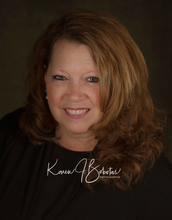 Susan Cummins-Harris headshot.  ©2016 Karen Bobotas Photographer