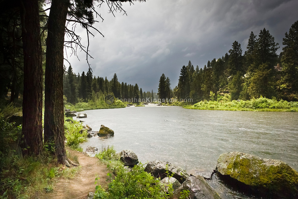 Deschutes river trail, Bend, Oregon.