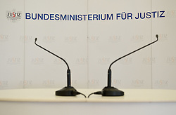 02.02.2012, Justizministerium, Wien, AUT, Pressekonferenz mit Bundesministerin fuer Justiz Dr. Beatrix Karl zum Thema Vertrauensoffensive Justiz mit Veroeffentlichung von Ergebnissen der Karmasin Studie, im Bild Feature leeres Podium mit Mikrophonen // during the press conference with minister of justice Dr. Beatrix Karl about the topic confidential offensive ministry of justice and publishing the result of Karmasin study, Ministry of Justice, Vienna, 2012-02-02, EXPA Pictures © 2012, PhotoCredit: EXPA/ M. Gruber