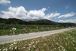 11.07.2015, Kitzbühel, AUT, Österreich Radrundfahrt, 7. Etappe, von Kitzbühel nach Innsbruck, im Bild das Hauptfeld in Tirol // the peleton in Tyrol during the Tour of Austria, 7th Stage, from Kitzbühl to Innsbruck, Kitzbühel, Austria on 2015/07/11. EXPA Pictures © 2015, PhotoCredit: EXPA/ Reinhard Eisenbauer