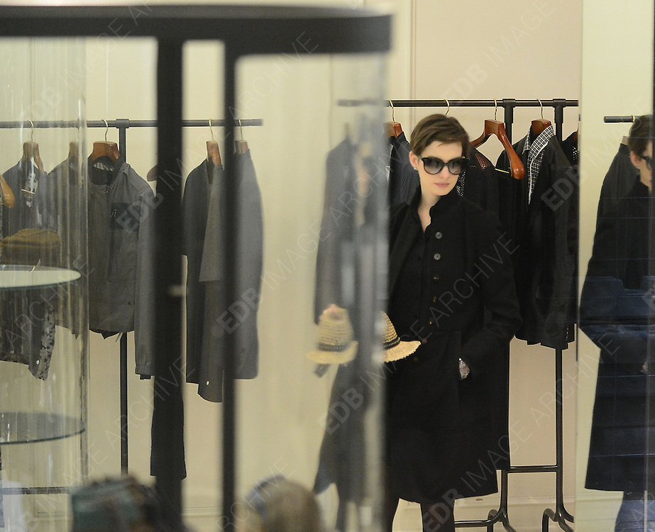07.FEBRUARY.2013. PARIS<br /> <br /> ACTRESS ANNE HATHAWAY IS SPOTTED SHOPPING AT LANVIN BOUTIQUE ON SAINT-HONERE STREET IN PARIS, FRANCE.<br /> <br /> BYLINE: EDBIMAGEARCHIVE.CO.UK<br /> <br /> *THIS IMAGE IS STRICTLY FOR UK NEWSPAPERS AND MAGAZINES ONLY*<br /> *FOR WORLD WIDE SALES AND WEB USE PLEASE CONTACT EDBIMAGEARCHIVE - 0208 954 5968*