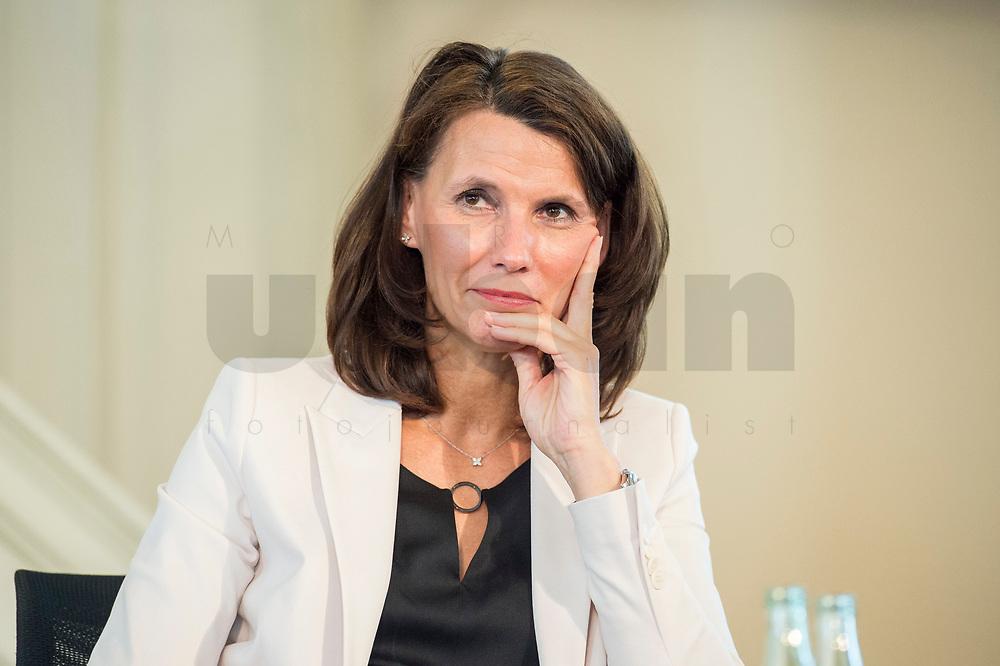 """27 JUN 2017, BERLIN/GERMANY:<br /> Rita Schwarzeluehr-Sutter, MdB, SPD, Parl. Staatssekretaerin im Bundesministerium fuer Umwelt, Naturschutz, Bau und Reaktorsicherheit, 25. bbh-Energiekonferenz """"Letzte Ausfahrt Dekarbonisierungf Energie- und Mobilitätswende"""", Französischer Dom<br /> IMAGE: 20170627-01-061<br /> KEYWORDS: Rita Schwarzelühr-Sutter"""