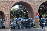 """Roma, 27 Ottobre 2012: .No Monti Day, manifestazione nazionale contro le politiche del  governo Monti..La polizia in piazza Santa Croce in Gerusalemme..""""No Monti Day"""" protest in Rome against the austerity cuts of the Italian government.."""