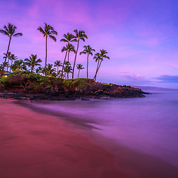 Maui Hawaii Ulua Beach shoreline colorful blue and purple morning sunrise in Wailea Makena with the Pacific Ocean. Photo copyright ⓒ 2019 Paul Velgos with All Rights Reserved.