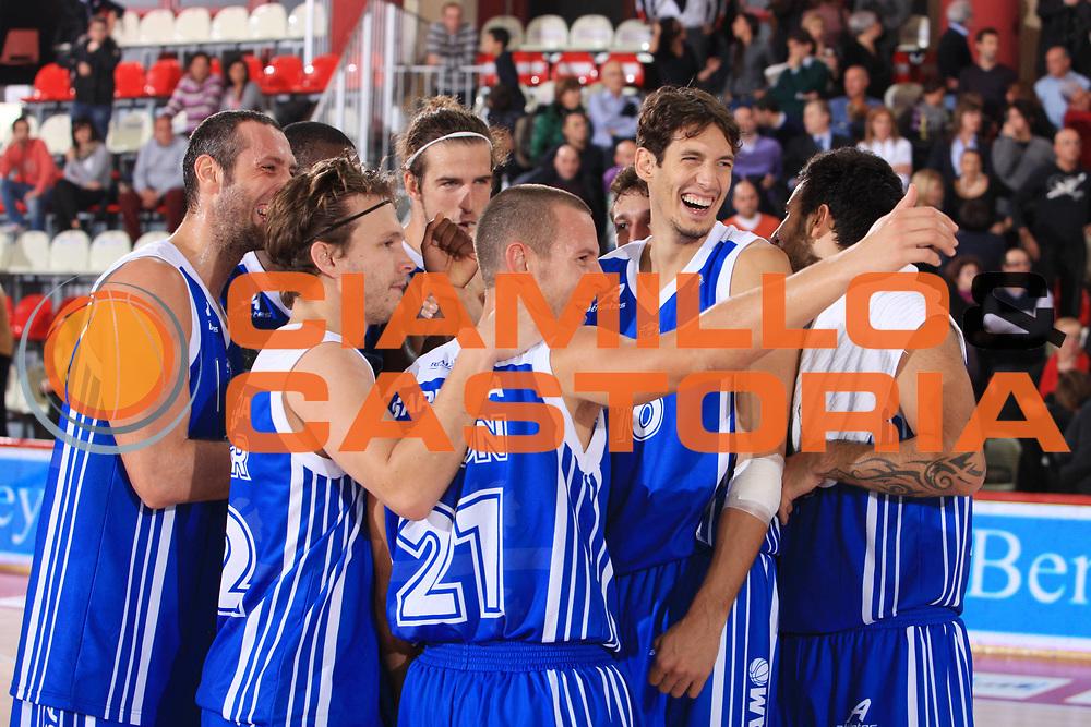 DESCRIZIONE : Teramo Campionato Lega Basket A 2010-11 Banca Tercas Teramo Dinamo Sassari<br /> GIOCATORE : Team<br /> SQUADRA : Dinamo Sassari<br /> EVENTO : Campionato Lega Basket A 2010-2011<br /> GARA : Banca Tercas Teramo Dinamo Sassari<br /> DATA : 31/10/2010<br /> CATEGORIA : Esultanza<br /> SPORT : Pallacanestro <br /> AUTORE : Agenzia Ciamillo-Castoria/M.Carrelli<br /> Galleria : Lega Basket A 2010-2011 <br /> Fotonotizia : Teramo Campionato Lega Basket A 2010-11 Banca Tercas Teramo Dinamo Sassari<br /> Predefinita :