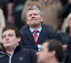 NEWCASTLE, ENGLAND - Tuesday, April 19, 2011: Manchester United's David Gill during the Premiership match against Newcastle United at St James' Park. (Photo by David Rawcliffe/Propaganda)