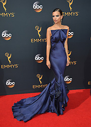 Emily Ratajkowski bei der Verleihung der 68. Primetime Emmy Awards in Los Angeles / 180916<br /> <br /> *** 68th Primetime Emmy Awards in Los Angeles, California on September 18th, 2016***