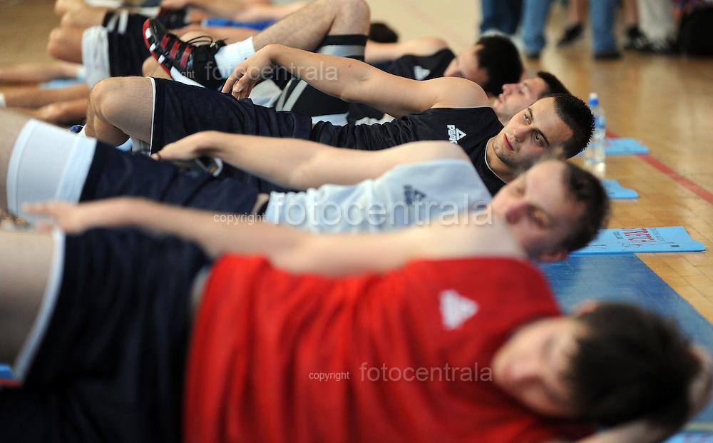 KOSARKA, BEOGRAD, 9. Jul. 2010. - Kosarkas Ivan Paunic. Kosarkasi reprezentacije trenirali su u dvorani Sport Eko u okviru priprema za ucesce na Svetskom prvenstvu u Turskoj (28. avgust - 12. septembar).  Foto: Nenad Negovanovic