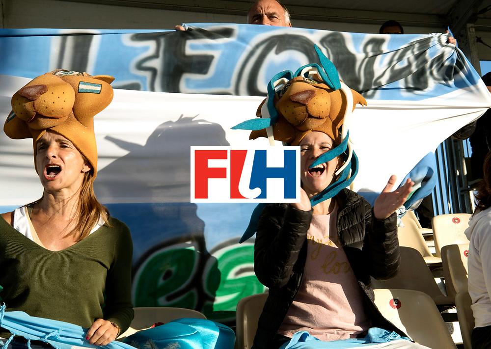 AUCKLAND - Sentinel Hockey World League final women<br /> Match id: 10301<br /> 11 GER v ARG (Pool B)<br /> Foto: Argentina supporters are celebrating.<br /> WORLDSPORTPICS COPYRIGHT FRANK UIJLENBROEK